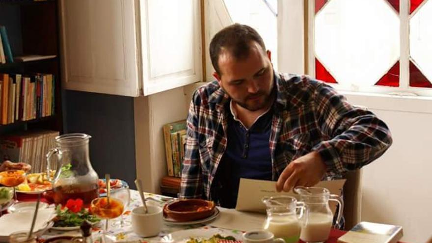 Pablo Díaz Cobiella en un desayuno literario.