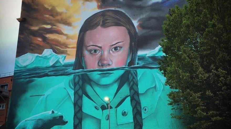 Mural de 15 metros en Bristol llevado a cabo por el artista Jody Thomas