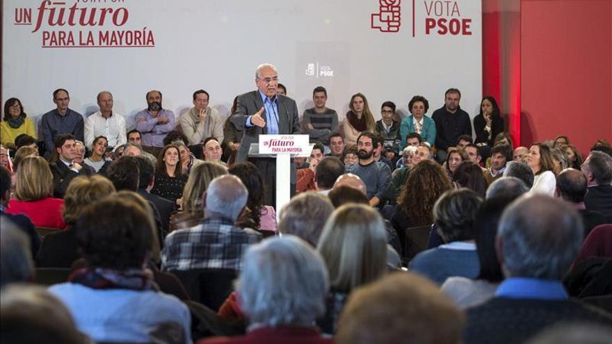 Alfonso Guerra: dentro de poco mucha gente sentirá nostalgia del bipartidismo