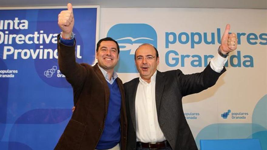 Juan Manuel Moreno Bonilla y Sebastián Pérez. Foto: EP / PP Granada