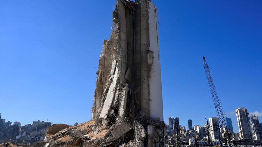 """Políticos libaneses se rinden a """"injerencia"""" exterior para solucionar crisis"""