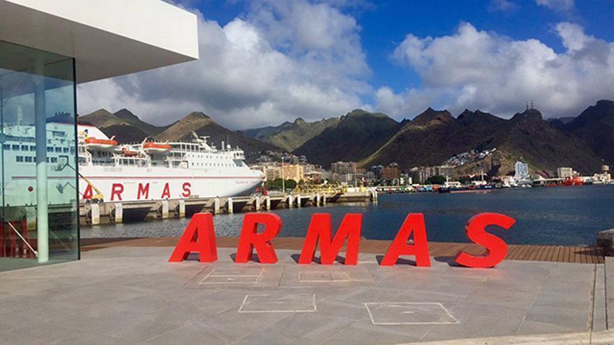La Naviera Armas transportará un millar de asistentes al Love Music Festival.