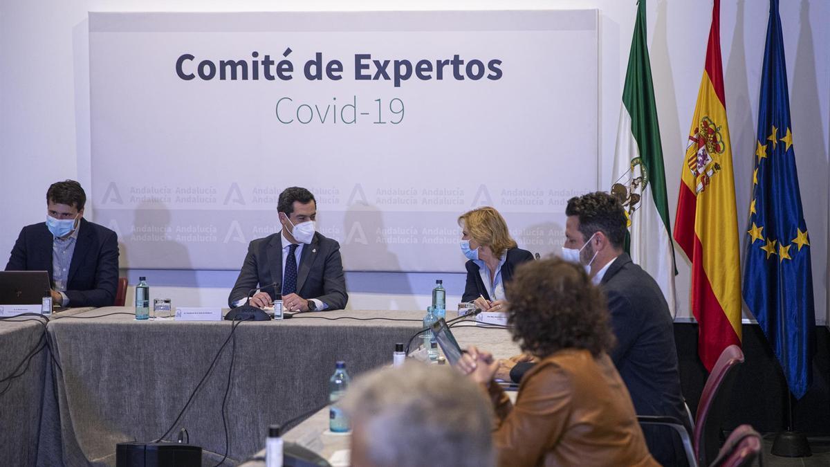Una de las reuniones del comité de expertos en Andalucía.