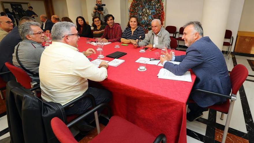 Torres, en la reunión mantenida con los sindicatos de Educación