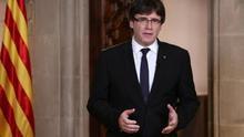 """Puigdemont acusa al rey de """"allanar las decisiones de Rajoy"""""""