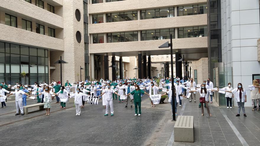 Los médicos canarios, llamados a una huelga indefinida a partir de este martes