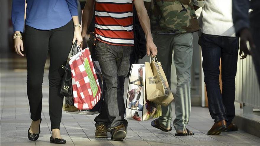 Economía de EEUU creció a un ritmo anual del 3,2 por ciento en último trimestre 2013