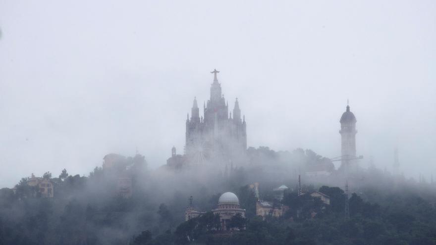Chubascos y tormentas fuertes mañana en el sistema Ibérico y Cataluña