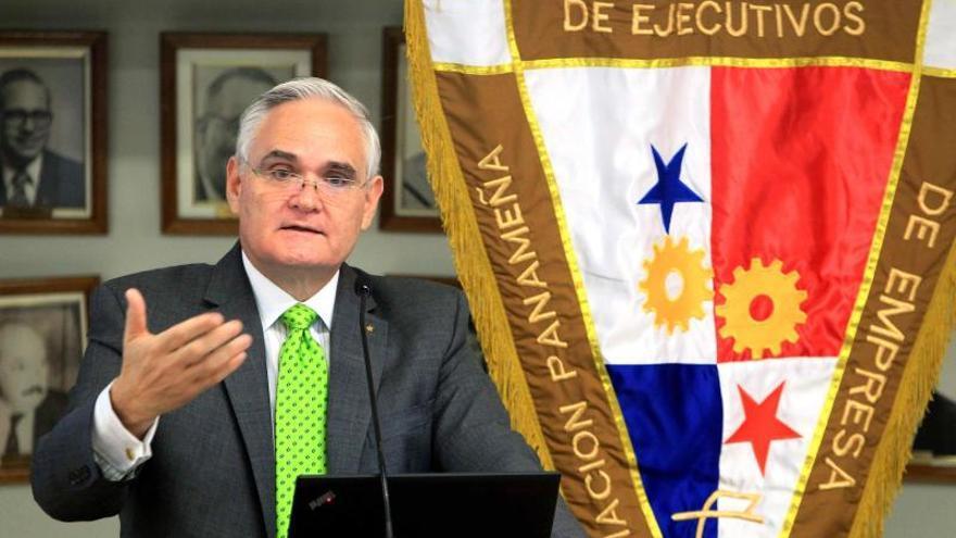 El Canal Panamá y el consorcio mantienen conversaciones horas antes del posible paro