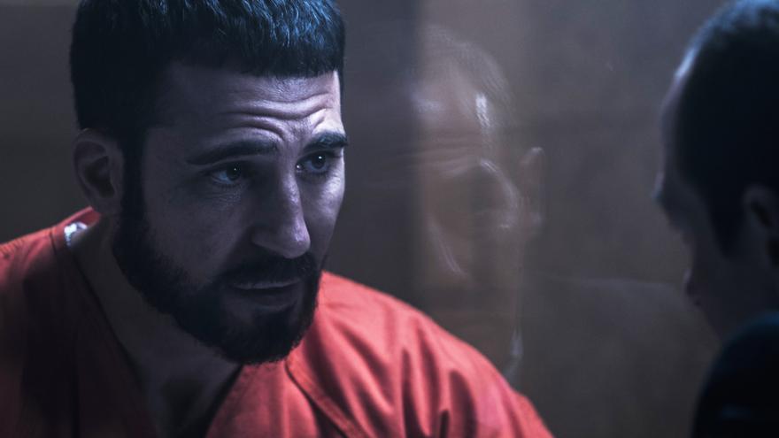 En el corredor de la muerte: primeras fotos del rodaje de la serie con Miguel Ángel Silvestre