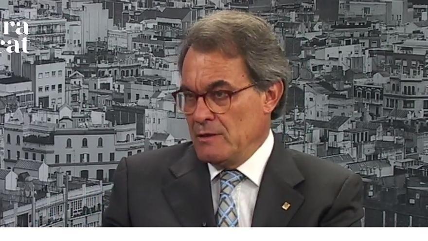 Mas apoya a Puigdemont por el cese de Baiget como conseller y está convencido de que el 1-O habrá urnas