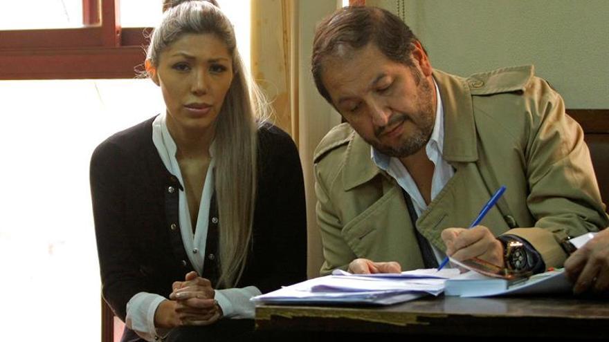 Fiscalía formaliza acusación por seis delitos contra expareja de Evo Morales