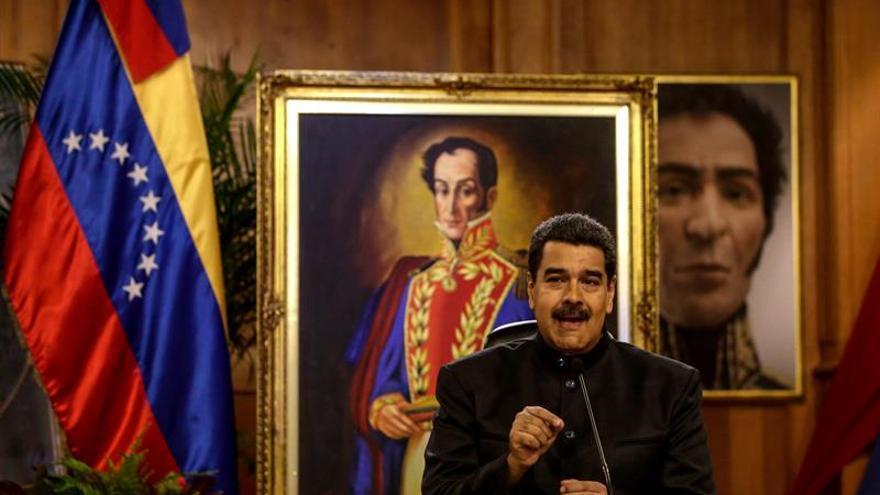 """Maduro pide aislar a los """"grupos terroristas"""" y dice que la Constituyente es el """"camino"""""""