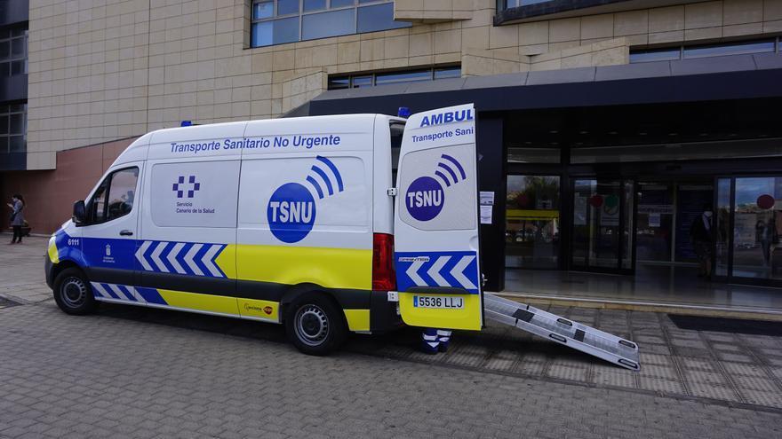 Las ambulancias del transporte no urgente redujeron un 21% su actividad en 2020 por la pandemia