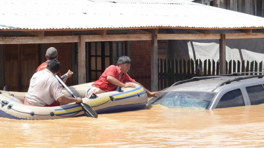 """Bolivia decreta """"emergencia nacional"""" por las lluvias que dejan ocho muertos y miles damnificados"""