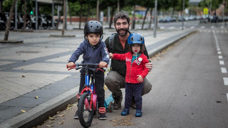 Bruno y Elisa en el barrio de Embajadores | Marta Maroto