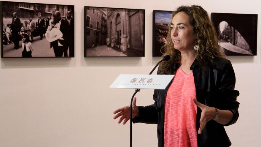 Carolina Punset en las Corts Valencianes