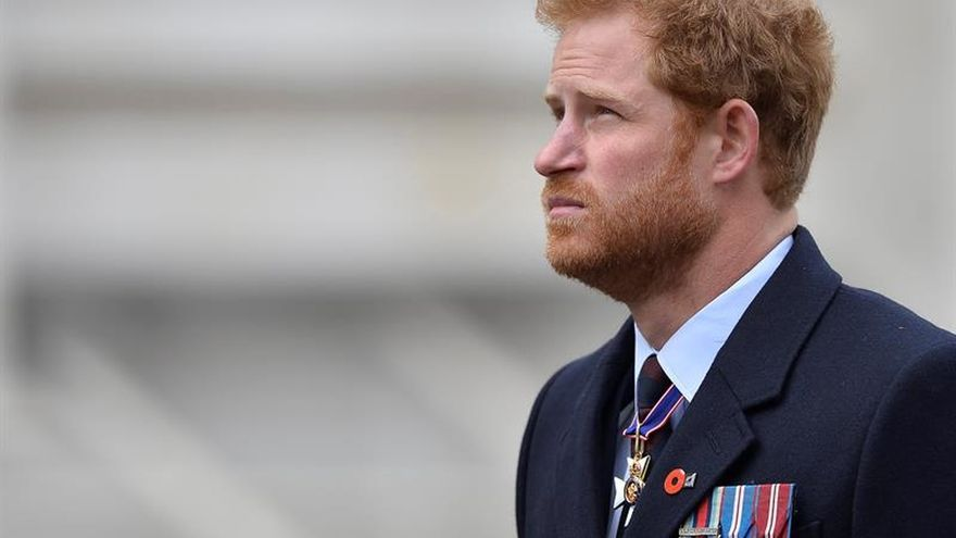 El príncipe Enrique planea anunciar el enlace con Meghan Markle, según The Times