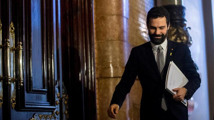 El presidente del Parlament pide al juez que Sànchez pueda ir lunes a la investidura