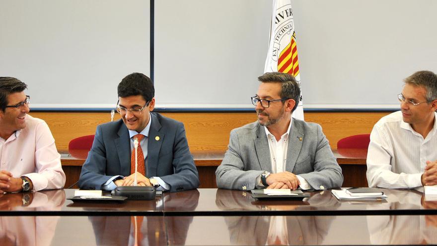 Jorge Rodríguez y Francisco Mora han firmado el acuerdo entre ambas instituciones