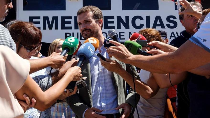 Pablo Casado, líder del PP, durante su visita a Gran Canaria por el incendio que afecta a la isla.