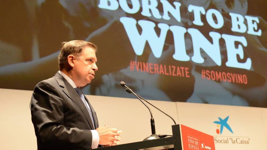 El ministro en la jornada de la Interprofesional del Vino