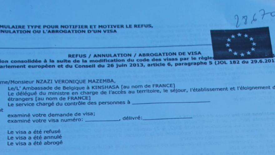 Imagen del rechazo del visado turístico solicitado por Véronique Nzazi.