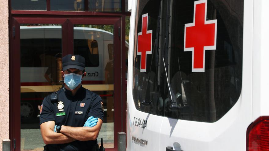 Andalucía registra 8 brotes en cinco provincias con 156 casos y suma dos muertes y 27 PCR en 24 horas