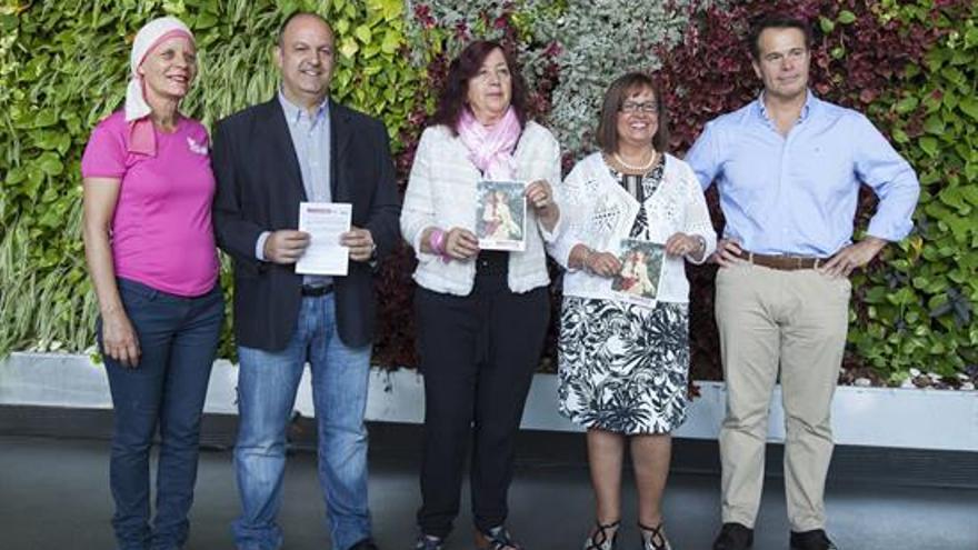 Mari Carmen Bonfante (c), Juana María Reyes (2d), Mariano Gambín (d), Federico García (2i) e Isabel Díaz (i)
