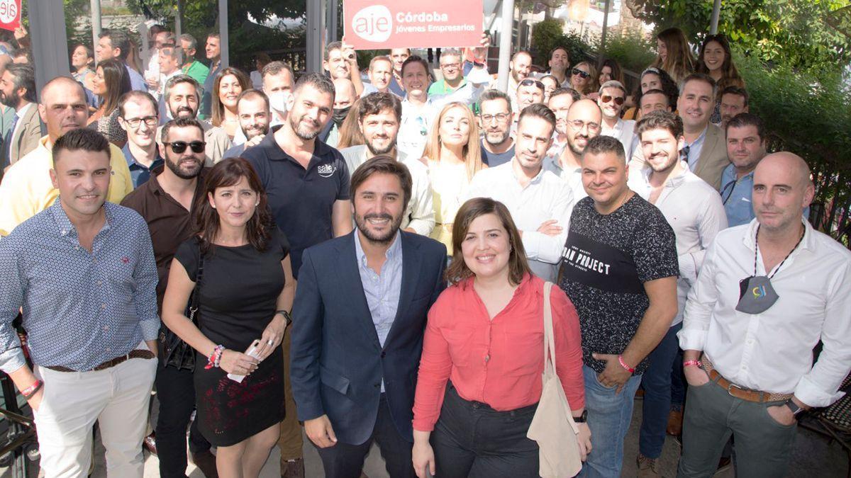 Reunión 'networking' de AJE Córdoba