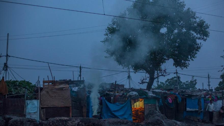 Uno de los barracones de Chola.// FOTO:  Bernat Parera