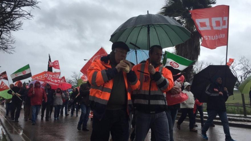 Marcha de los trabajadores de la mina Aguablanca / Twitter @psoeex