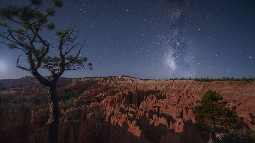 Foto nocturna en Bryce Canyon, Utah. Dan Zafra