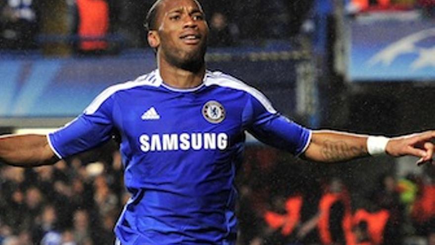 Drogba celebra el único gol del partido. (uefa.com)