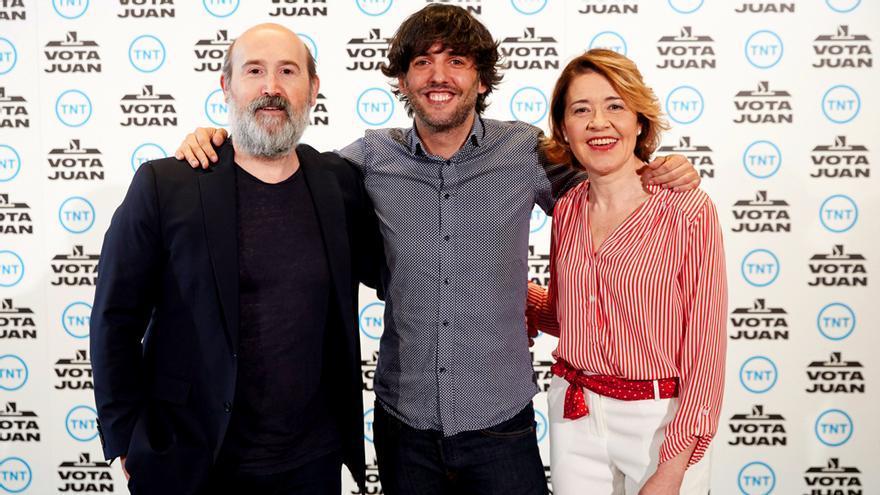 Javier Cámara, Diego San José y María Pujalte en la presentación de Vota Juan