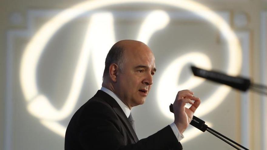 Moscovici abre la lucha para suceder a Juncker en la Comisión Europea en 2019