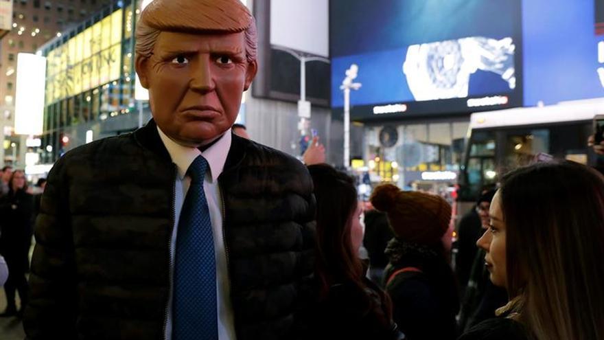 Trump se acerca a la Casa Blanca con victorias en la mayoría de estados clave