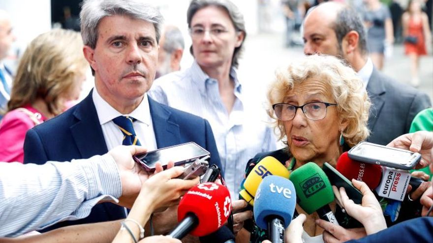El presidente de la Comunidad de Madrid, Ángel Garrido, y la alcaldesa de Madrid, Manuela Carmena.