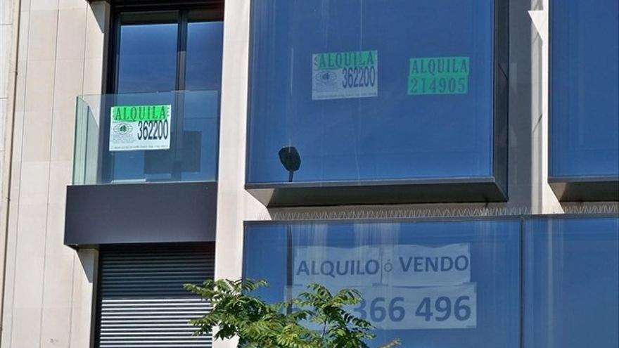 Los españoles invirtieron un tercio de su salario mensual bruto en el pago del alquiler en 2017