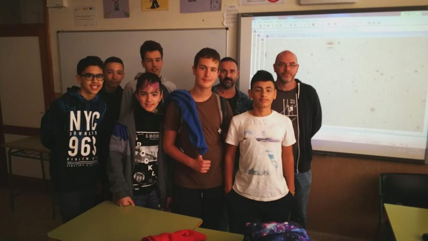 Alumnos del Club de Astronomía del IES San Matías.