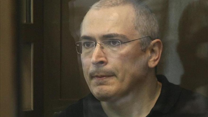 El exmagnate ruso Mijaíl Jodorkovski llega a Suiza con un visado de 3 meses