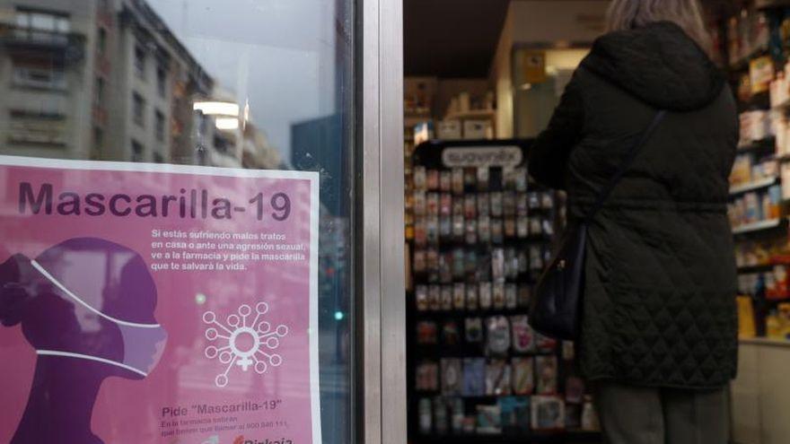 Más llamadas de auxilio y denuncias en farmacias para huir de un 2020 de extrema exposición a la violencia machista