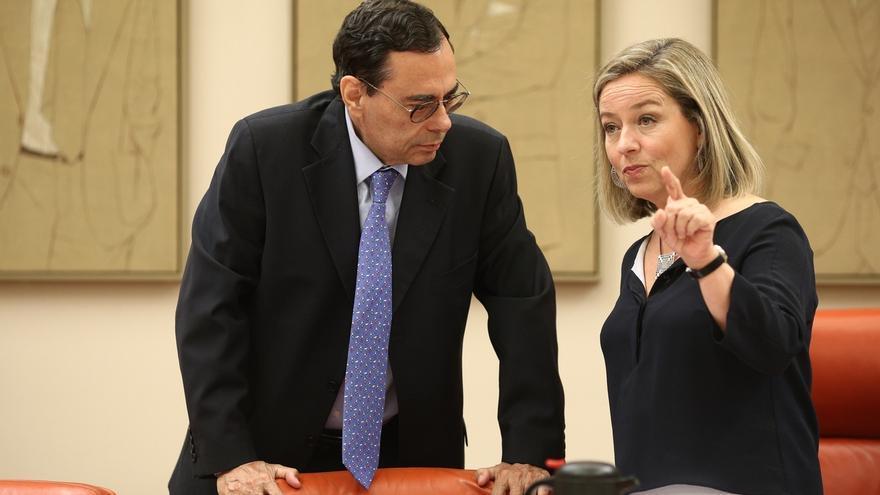 La comisión del rescate cita a inspectores del Banco de España, al expresidente de las Cajas y a cargos de la UE