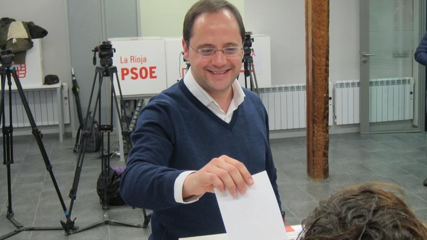 """Luena anima a la militancia del PSOE a respaldar el acuerdo con Ciudadanos porque """"es bueno para España"""""""
