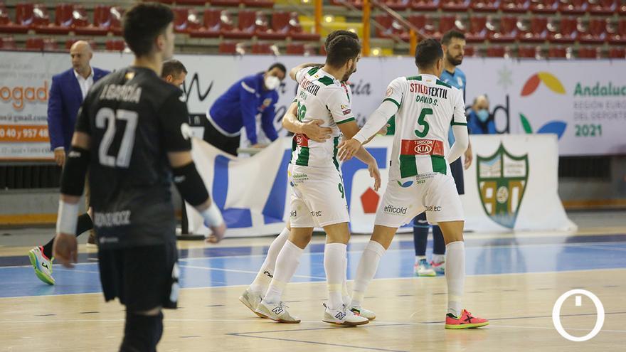 Jugadores del Córdoba Patrimonio celebrando un gol.