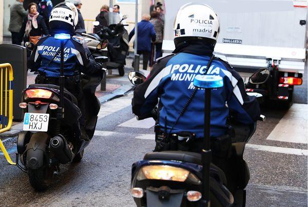 Patrulla de policía municipal en la calle Hortaleza | Fotografía: Policía Municipal de Madrid