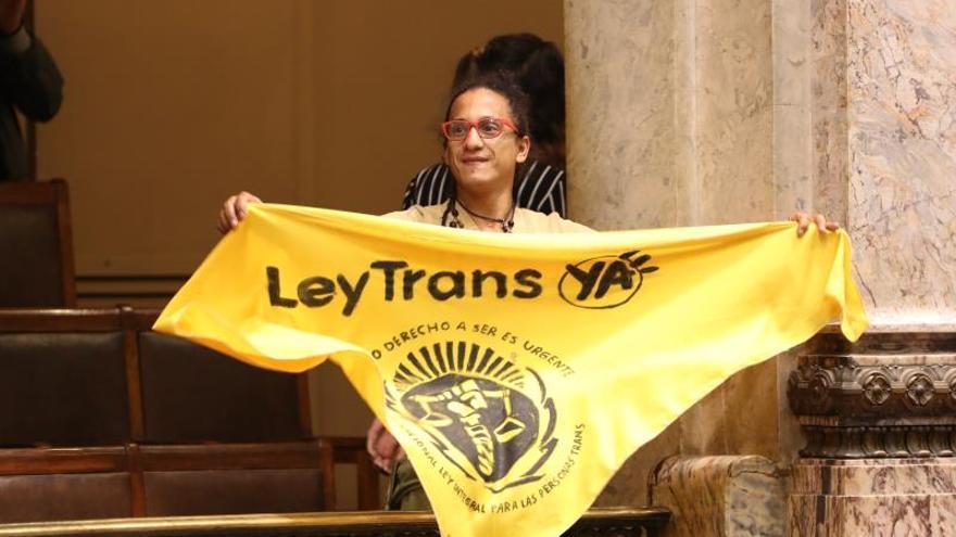 Ley trans uruguaya se enfrenta a una ola conservadora que busca su derogación