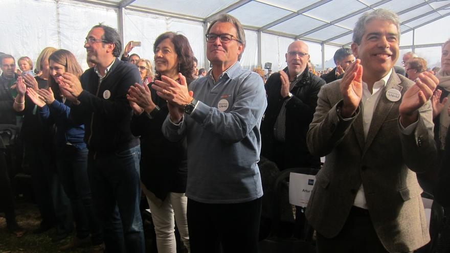 """Mas pide el voto para evitar una coalición PP-C's que actuaría contra """"Cataluña entera"""""""