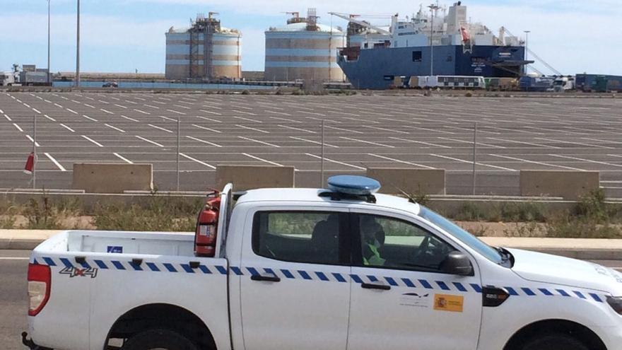 El buque saudí en el puerto de Sagunto