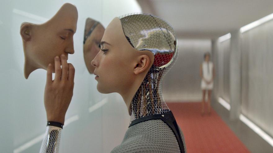 Nacen los primeros certámenes de belleza juzgados por robots